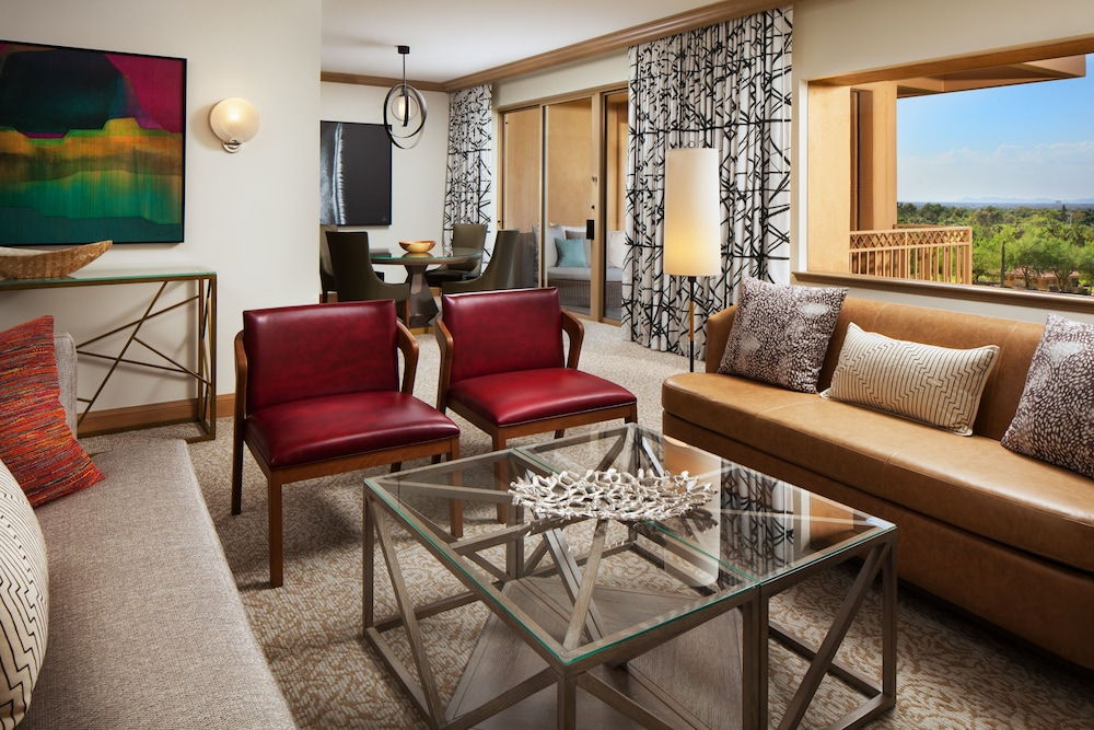 Room, The Canyon Suites at The Phoenician, Luxury Collection