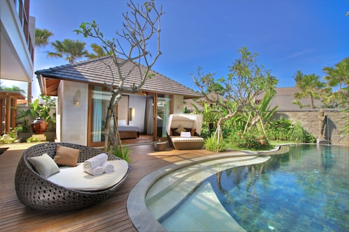 The Akasha Luxury Villas