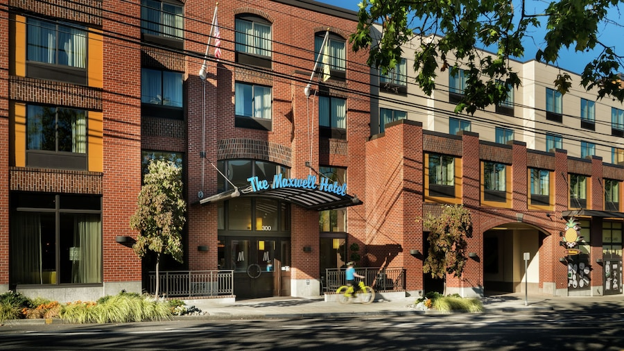 Staypineapple, The Maxwell Hotel, Seattle Center Seattle