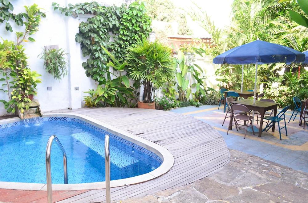 Jardin azul casa hotel reviews photos rates for Casa jardin hotel