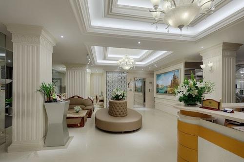 シルバーランド シル ホテル & スパ