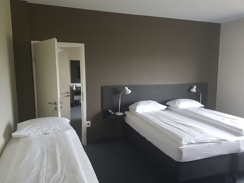 Room, BB Hotel by Keflavik Airport