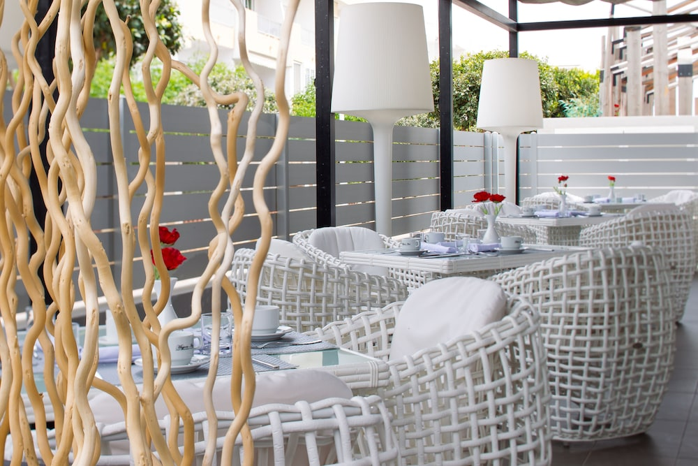 Food Court, Migjorn Ibiza Suites & Spa
