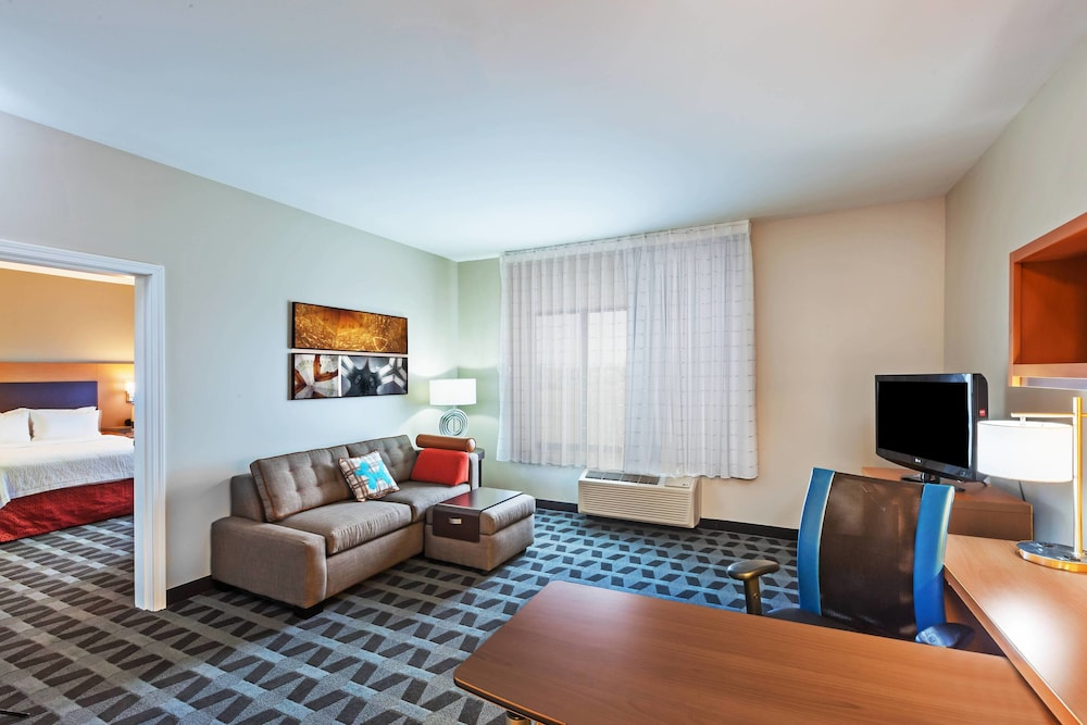 Room, TownePlace Suites by Marriott North Owasso