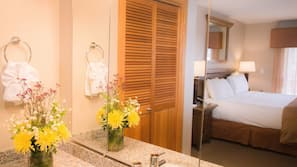In-room safe, iron/ironing board, rollaway beds, WiFi