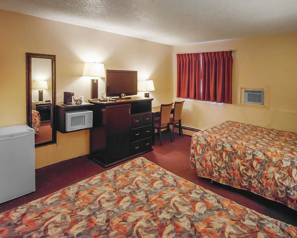 Edson Hotel Rooms