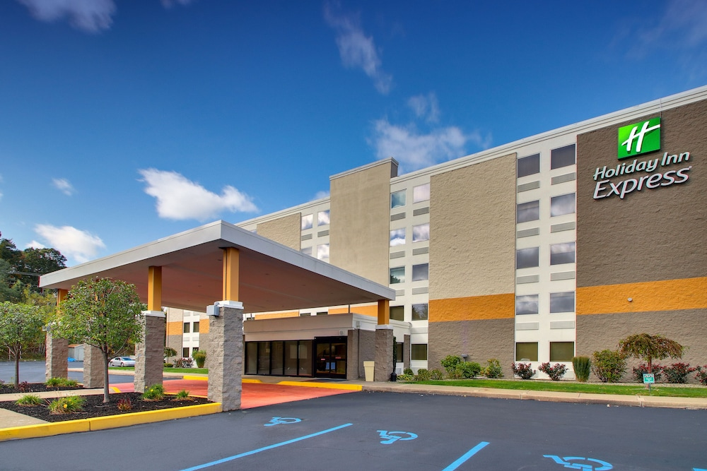 Front of Property, Holiday Inn Express Pittston - Scranton Airport, an IHG Hotel