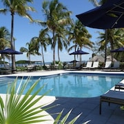 Coconut Palm Inn