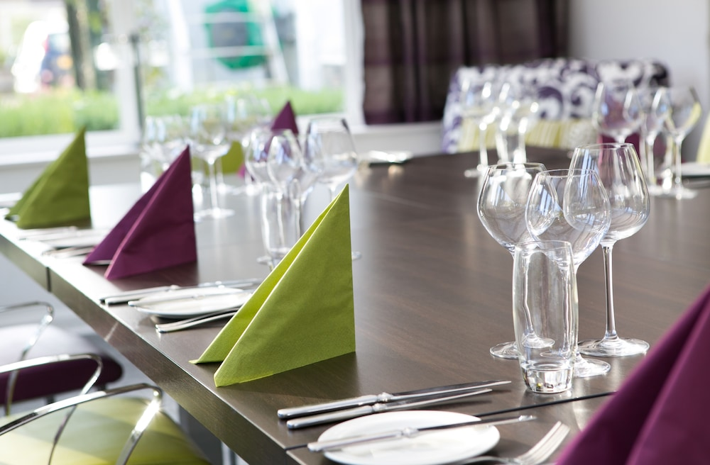 Golf View Hotel Nairn Phone Number