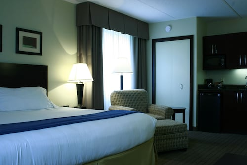 Holiday Inn Express Hotel & Suites Kincardine - Downtown