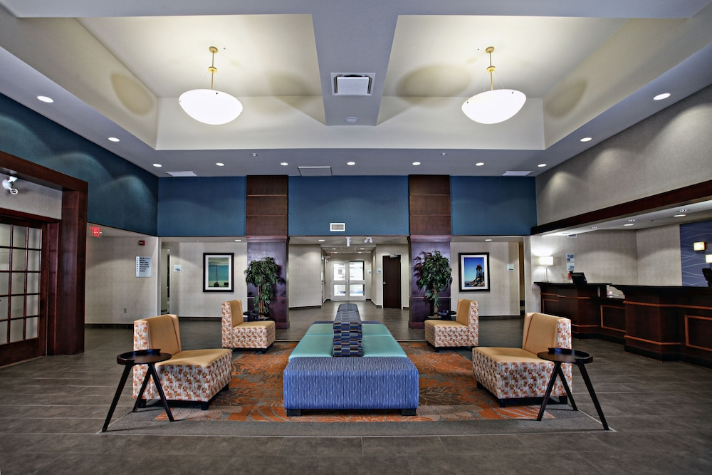 Lobby, Holiday Inn Express Hotel & Suites Kincardine - Downtown, an IHG Hotel
