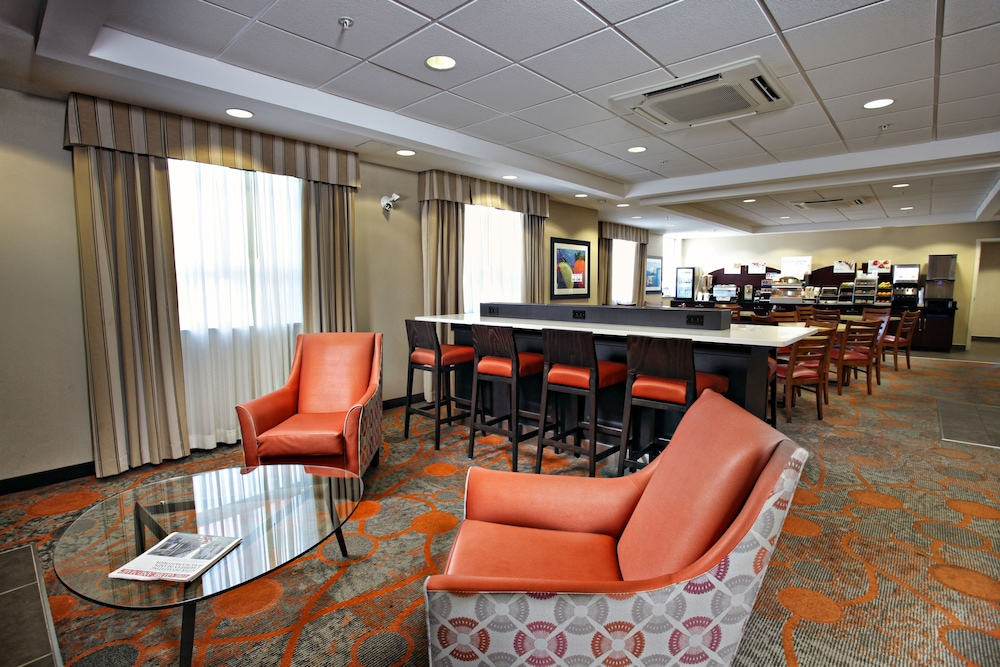 Breakfast Meal, Holiday Inn Express Hotel & Suites Kincardine - Downtown, an IHG Hotel