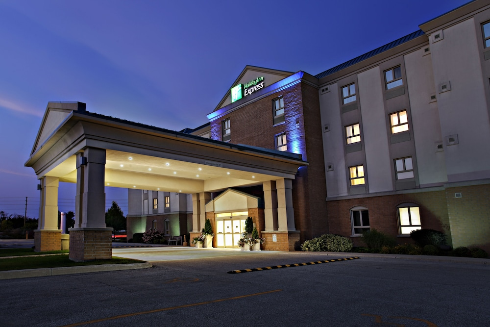 Exterior, Holiday Inn Express Hotel & Suites Kincardine - Downtown, an IHG Hotel