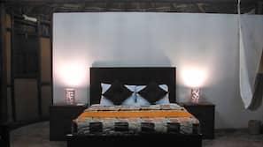 Caja fuerte y tabla de planchar con plancha