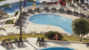 3 outdoor pools, open 9:00 AM to 6:30 PM, pool umbrellas, pool loungers