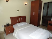 Superior Single Room, City View