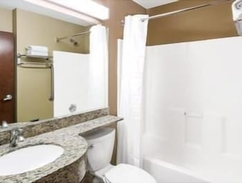Bathroom, Microtel Inn & Suites by Wyndham Austin Airport