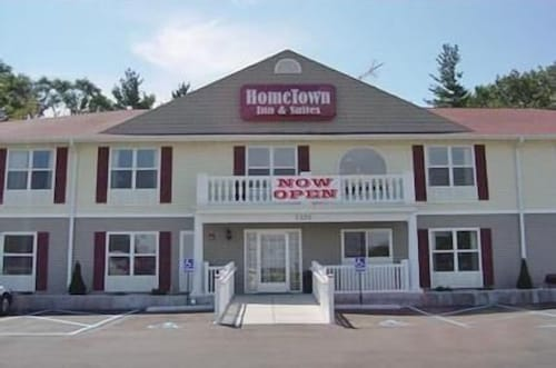 Great Place to stay HomeTown Inn & Suites near Schererville