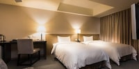 Hiya Executive Suite, 1 Double or 2 Single Beds