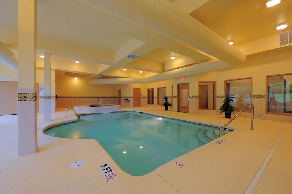 Indoor Pool, Country Inn & Suites by Radisson, Columbia at Harbison, SC