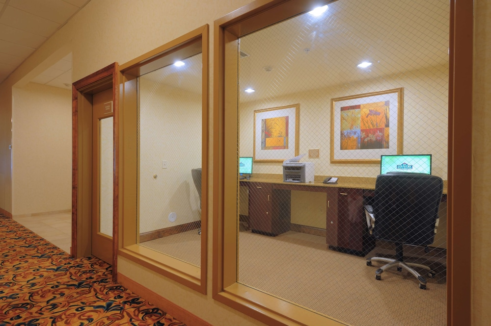 Business Center, Country Inn & Suites by Radisson, Columbia at Harbison, SC