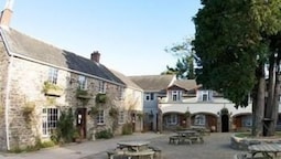 The Crooked Inn - Inn