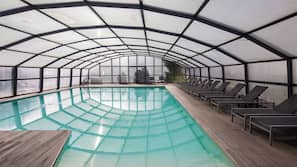 Indoor pool, 2 outdoor pools, pool umbrellas, pool loungers