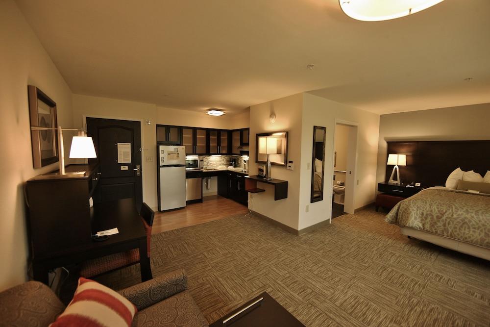 Staybridge Suites Liverpool Syra In Syracuse Hotel Rates