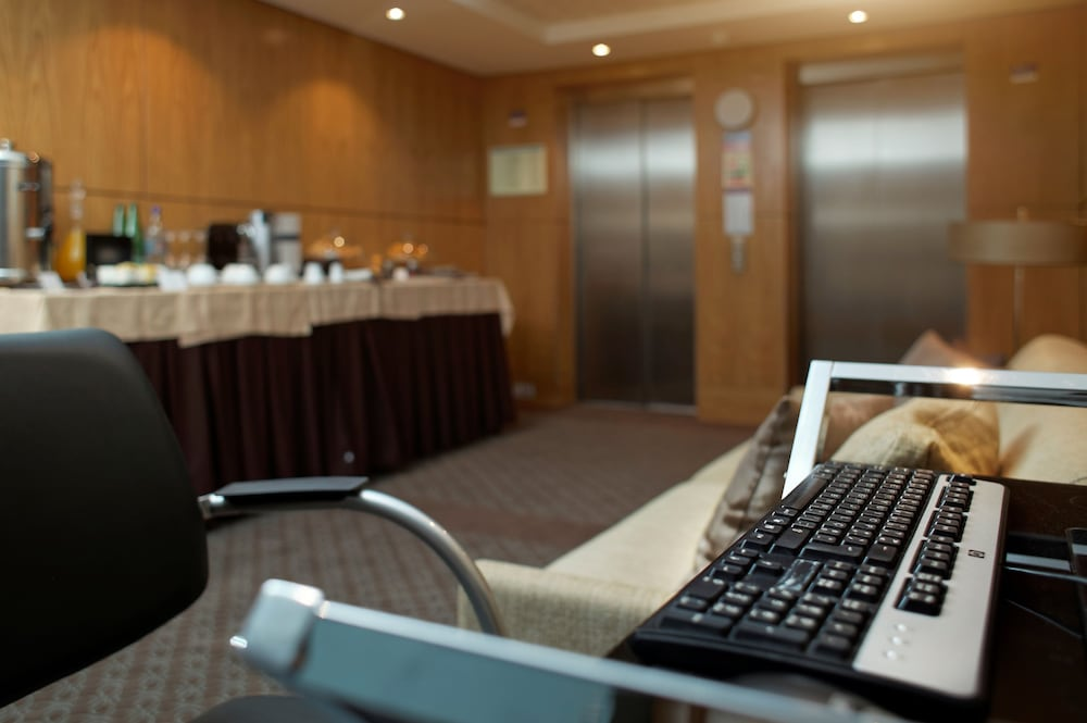 Business Center, Mercure Lisboa Almada