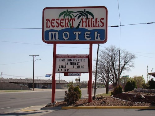 Great Place to stay Desert Hills Motel near Hobbs