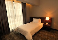 Superior Room (2 ways airport transfer, 1 set lunch for 2 & 1 set dinner for 2)