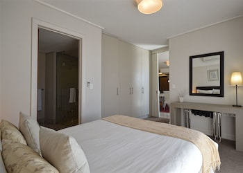 Canal Quays Luxury Apartments