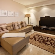 Executive Room, 2 Bedrooms - Living Room