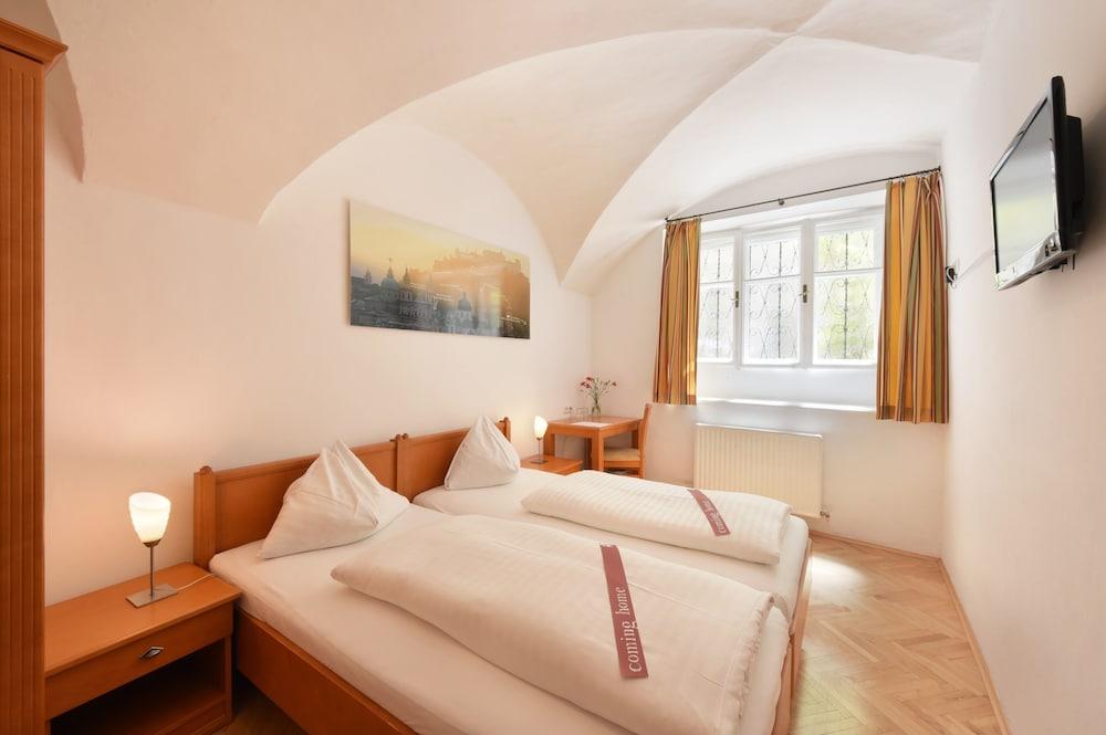 hotel krone 1512 deals reviews salzburg aut wotif. Black Bedroom Furniture Sets. Home Design Ideas