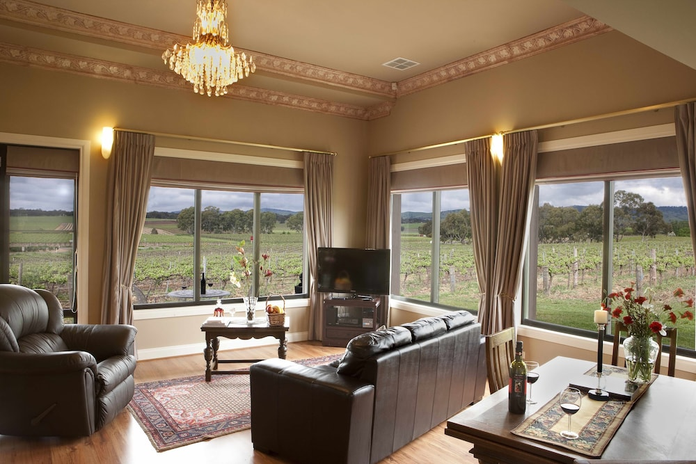Featured Image, Barossa Shiraz Estate