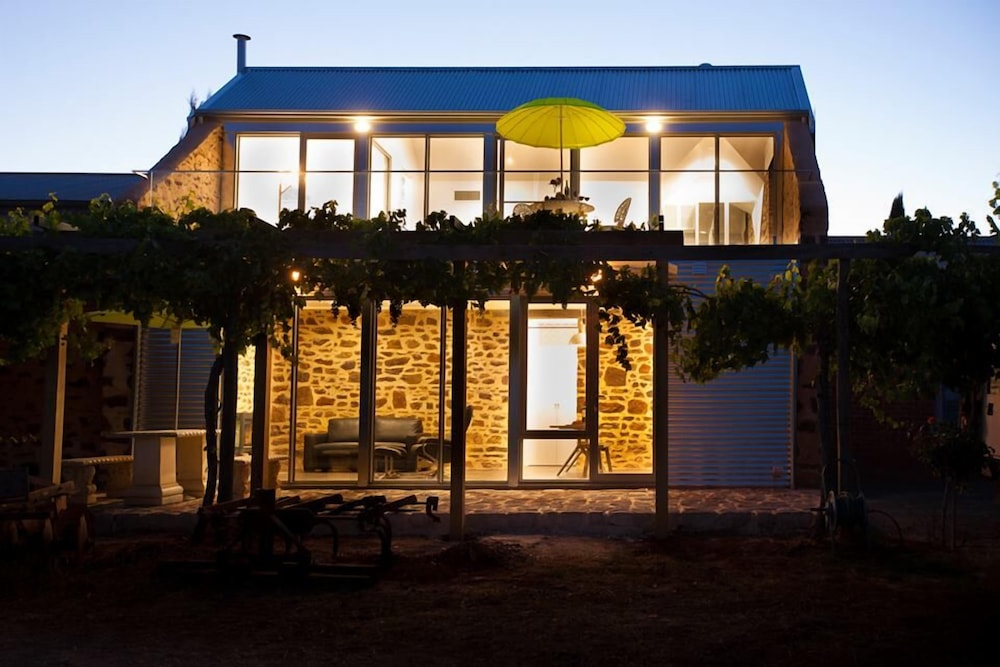 Front of Property - Evening/Night, Barossa Shiraz Estate