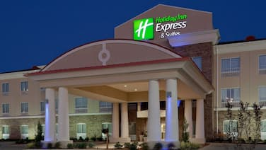 Holiday Inn Express and Suites Winona North, an IHG Hotel