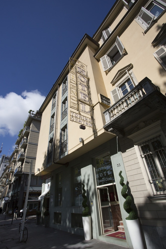 Hotel residence torino centro in turin hotel rates for Hotels turin