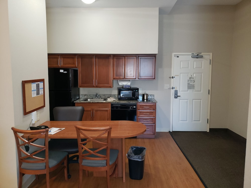 Private Kitchenette, Candlewood Suites Murfreesboro, an IHG Hotel