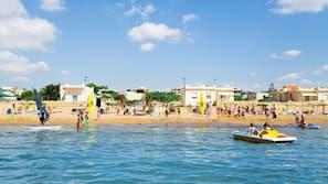 Una spiaggia nelle vicinanze, windsurf, pallavolo, nautica/canottaggio