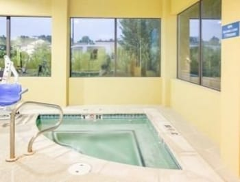 Days Inn Suites Russellville Deals Reviews Russellville Usa Wotif
