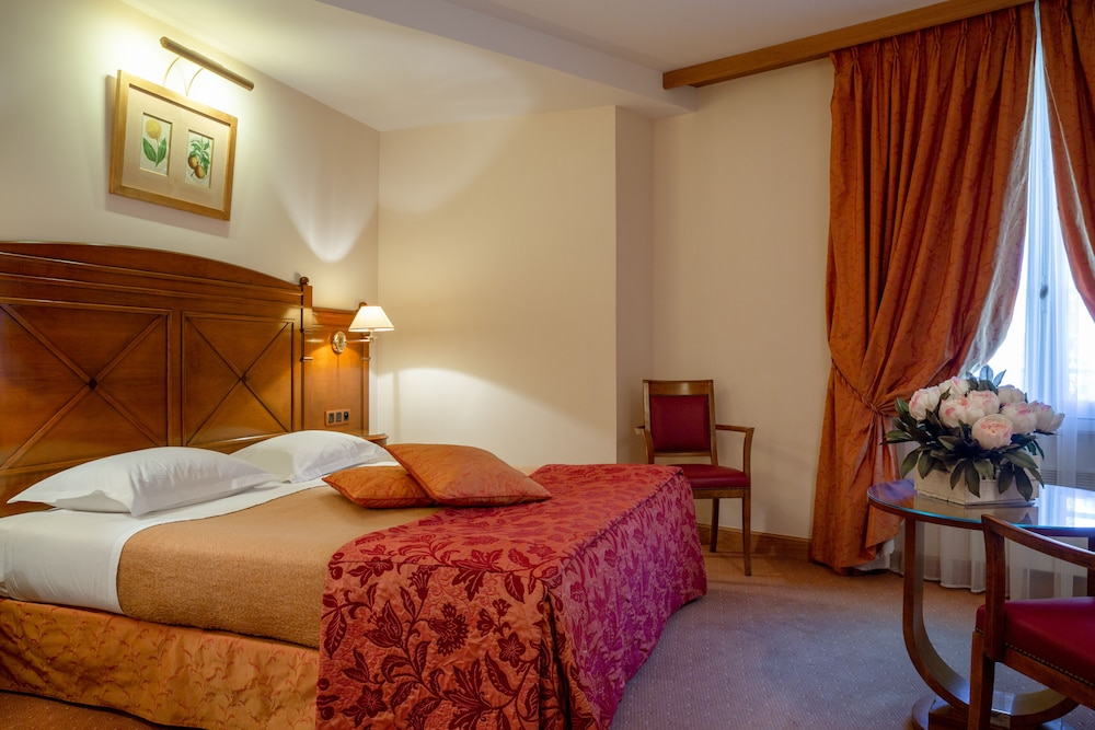Room, The Originals Boutique, Hôtel Le Rempart, Tournus