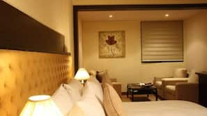 Minibar, in-room safe, rollaway beds, WiFi
