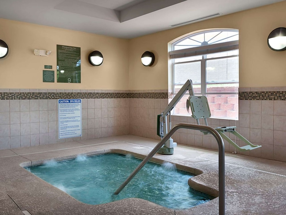 Indoor Spa Tub, Country Inn & Suites by Radisson, Concord (Kannapolis), NC
