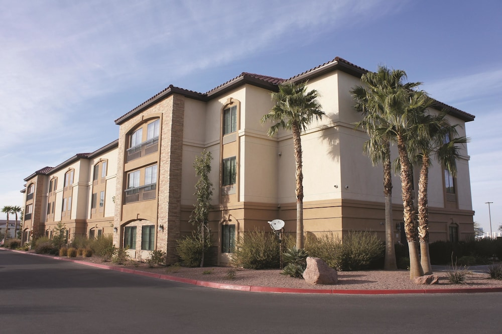 Book La Quinta Inn  U0026 Suites Las Vegas Airport South