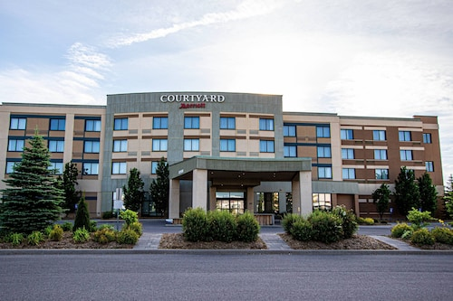 Courtyard by Marriott Kingston Highway 401/Division Street