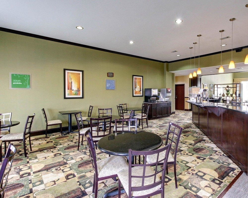 Breakfast Area, Comfort Suites Waxahachie - Dallas