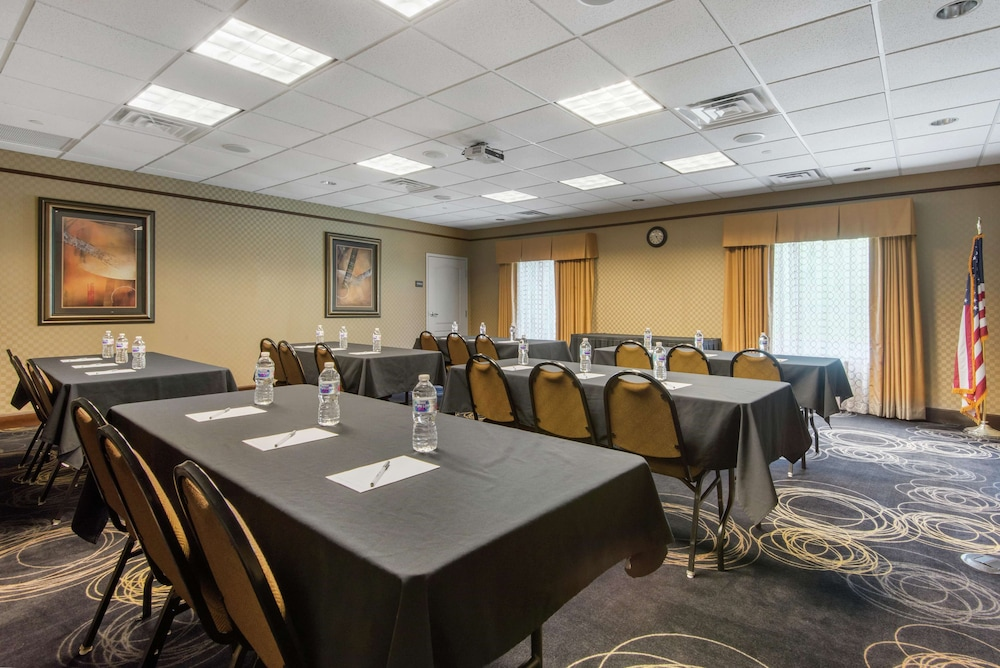 Meeting Facility, Hampton Inn Meadville