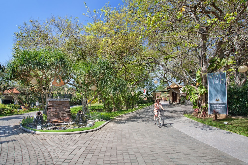 Bicycling, Amarterra Villas Bali Nusa Dua - Mgallery Collection