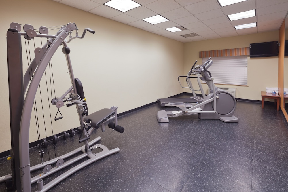 Gym, Country Inn & Suites by Radisson, Saraland, AL